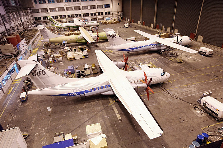 Proud to fly a turboprop q400 vs atr72 the flying engineer atr 72 600 rates are going to be ramped up to its limit due to high demand for the type fandeluxe Choice Image