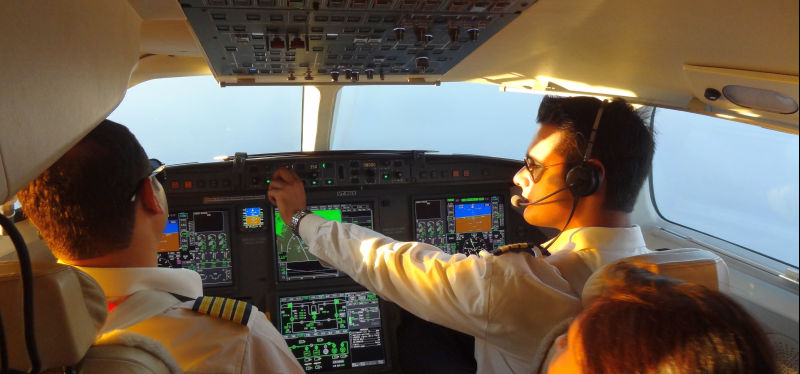 Flying The Dassault Falcon 7x India Aviation 2012 The