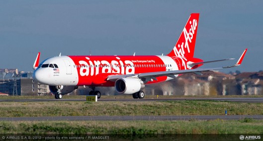 A320_Sharklet_first_delivery_AirAsia