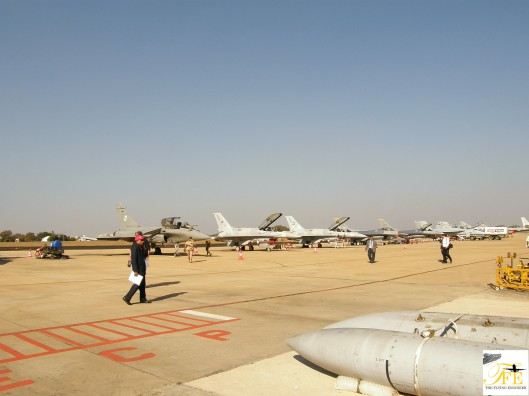 Line up of the flying display airplanes