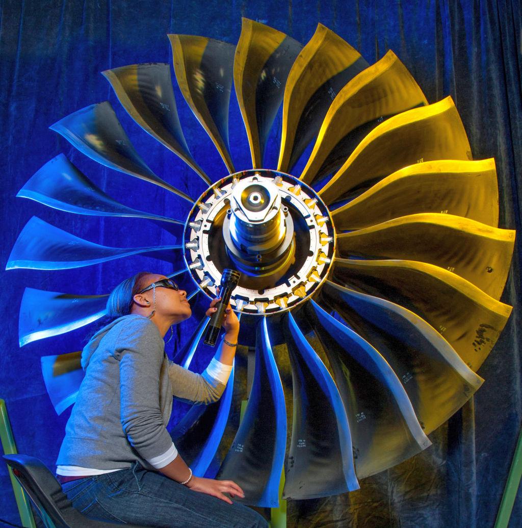 Pratt and Whitney PW1100G Geared Turbofan Engine   The Flying Engineer