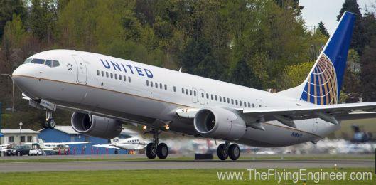 United_737_8000th
